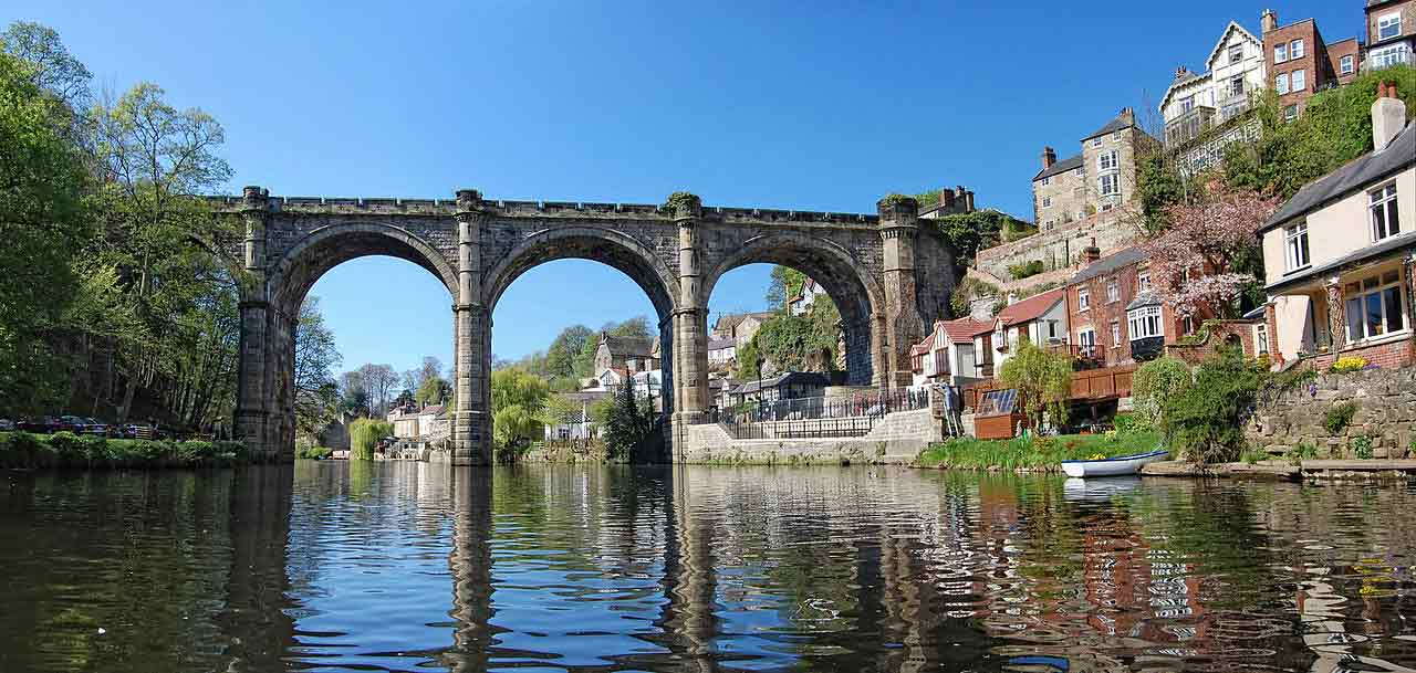 1280px-Knaresborough_Viaduct_from_River_Nidd